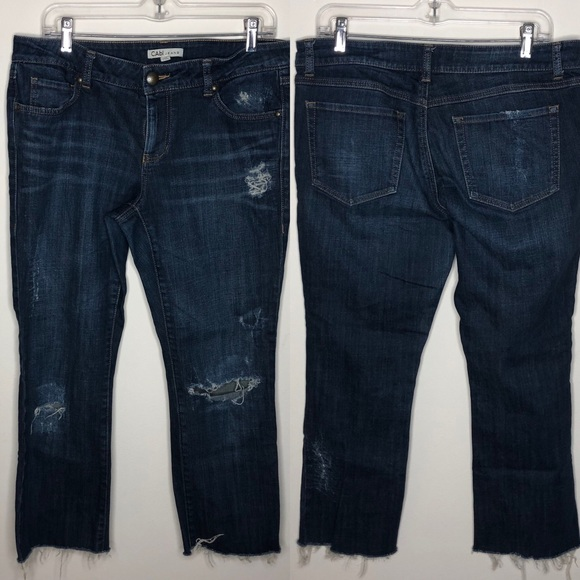CAbi Denim - cabi distressed cropped blue denim jeans 967 Sz 12